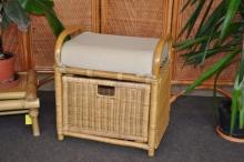 Ratanová taburetka se zásuvkou medová
