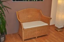 Ratanová lavice s úložným prostorem medová