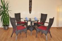Ratanová sedací souprava Wanuta hnědá polstry vínové