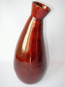 Bambusová váza zakřivená