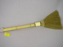 Bambusové košťátko