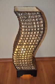 Lampa ratanová střední tvar S